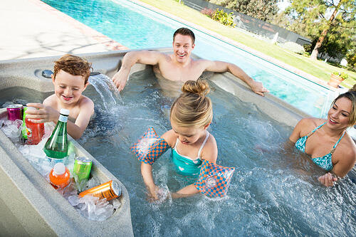 Family+enjoying+their+hot+tub-+Country+Leisure